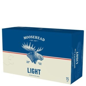 A product image for Moosehead Light 15pk